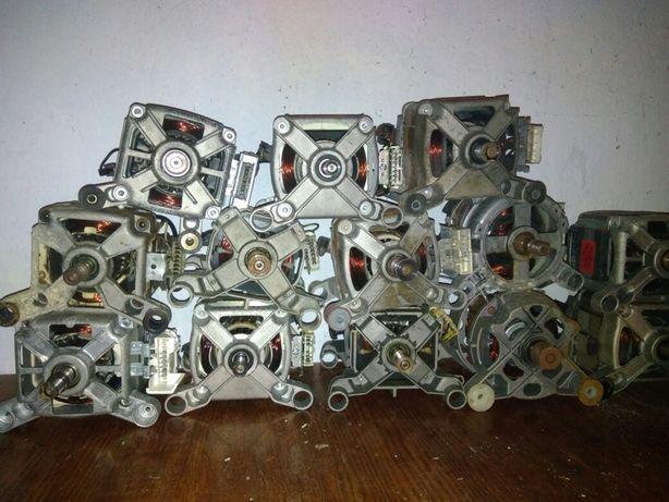Двигатель стиральной машины. 400 грн любой.