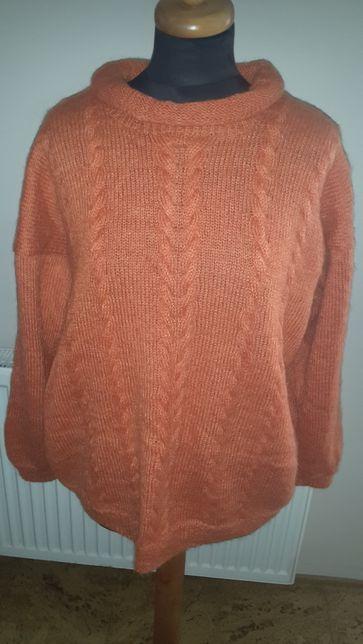 Sweter moherowy-rękodzieło