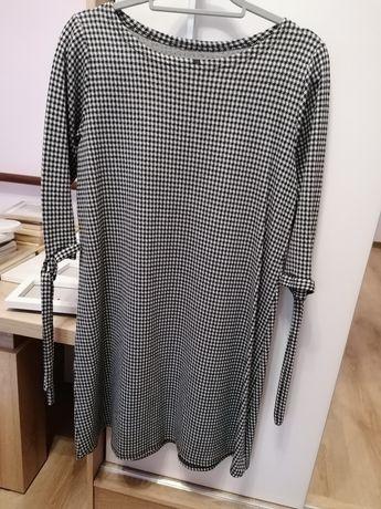 Sukienka w pepitke