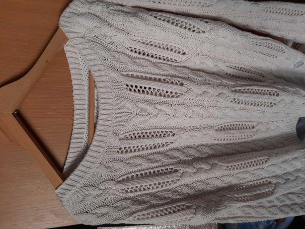 Sweter ecru