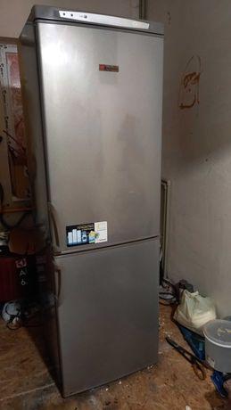 продам надежный 2-х камерный холодильник с гарантией