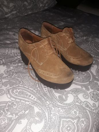Diversos sapatos