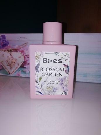 Perfum Bi es Blossom Garden