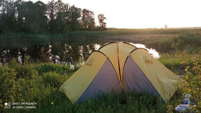 Туристическая палатка 15 000 р. (9 мест ,три комнаты +коридор) 1