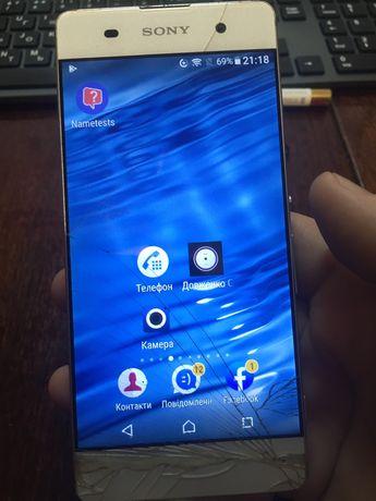 Смартфон Sony Xperia F3115