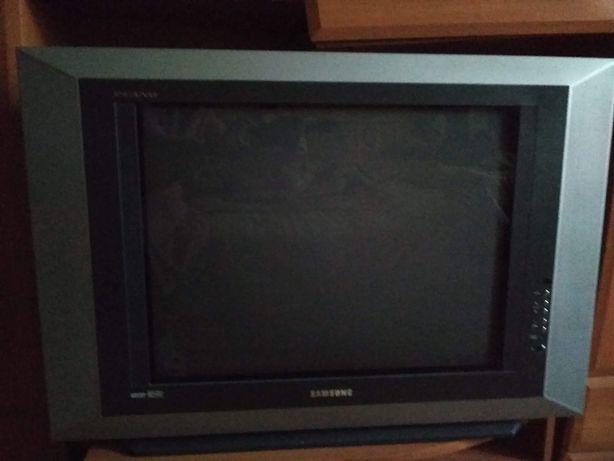 Телевізор Samsung Plano CS-29A5HTQ