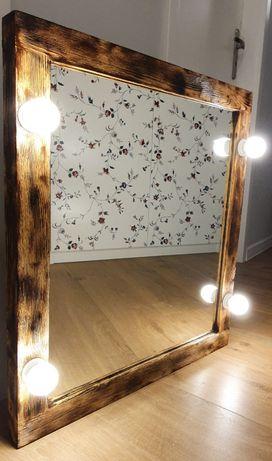 Lustro drewniane z oświetleniem 60x70 cm. Make up, rustykalne.