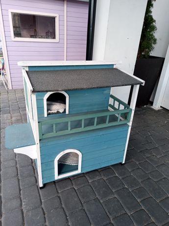 Domek buda dla kota kotów