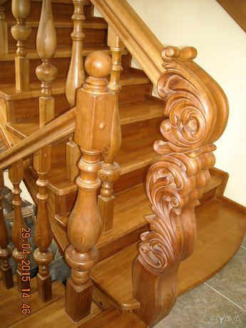 Лестницы (сходы) и мебель из дерева