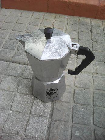 Cafeteira em alumínio
