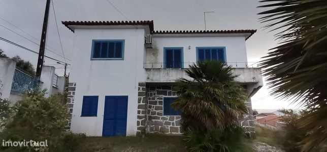 Moradia em Figueira e Barros