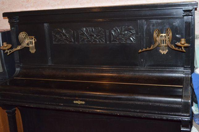 Пианино August Förster 1910 г.в.