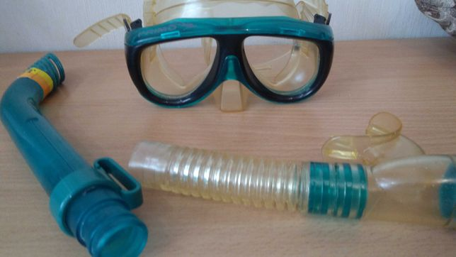 Маска для подводного плавания с трубкой