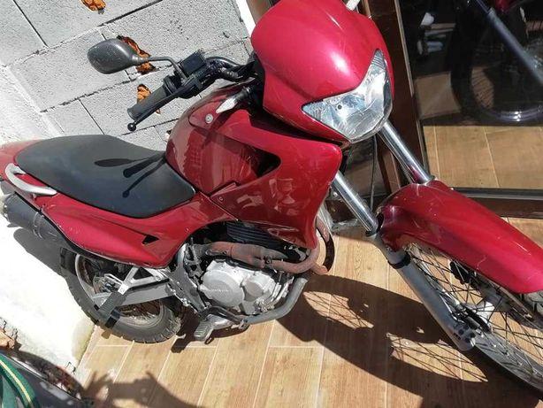 Mota Falcon Honda NX 400 port 2003 excelente motor revisada