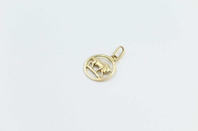 Złoty wisiorek zawieszka znak zodiaku byk -585-