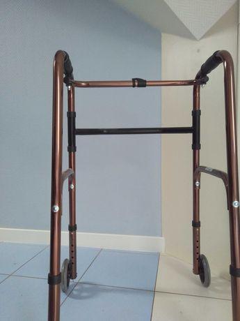 Balkonik aluminiowy -składany , dwukołowy