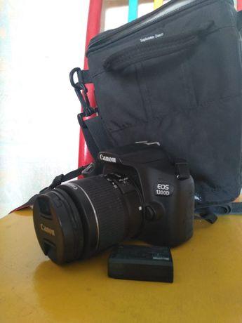 Цифровой фотоаппарат canon 1300 d торг