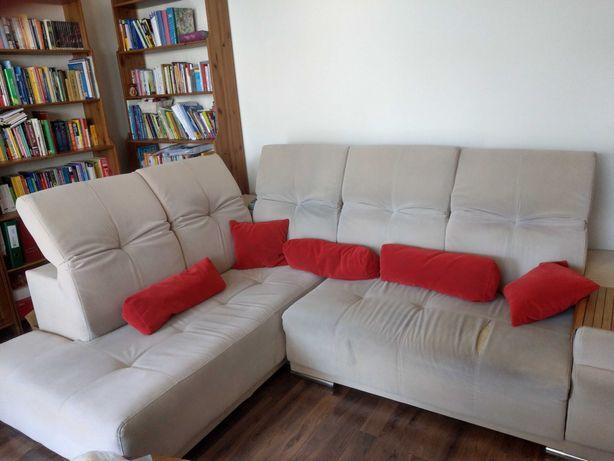 Duża rozkładana kanapa
