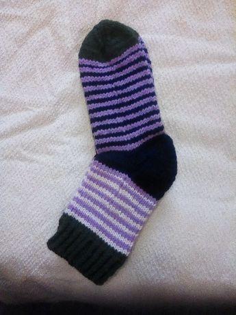 Продаю вязанные носочки