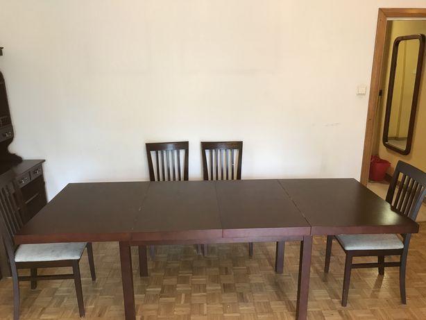 Stół rozkładany oraz krzesła