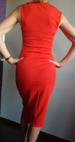Sukienka czerwona  Zara rozm.38