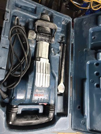 Młot wyburzeniowy gsh 11 VC Bosch