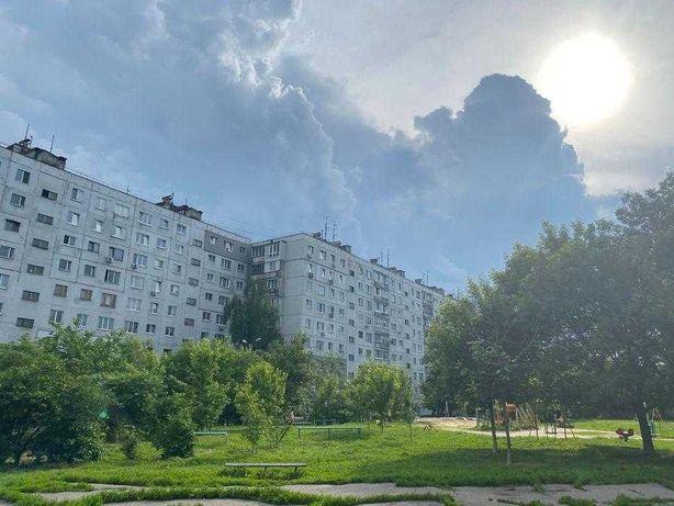 Продам 2 комнатную квартиру по проспекту Гагарина, Державинская