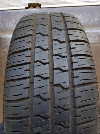 Летняя резина, шины 205 70 R15 Pirelli (Пирели) 2шт.