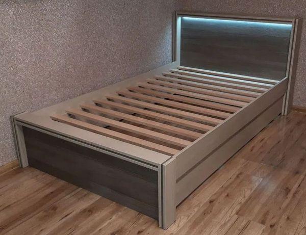 łóżko z podświetlaniem LED 140x200