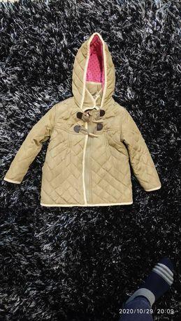 Одяг для дівчинки пальто, плащик, джинси, ,шапочка