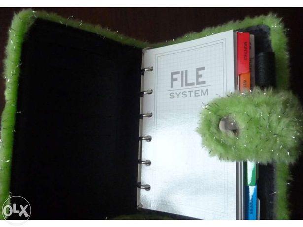 Organizer - Agenda verde em pêlo. Tamanho A6