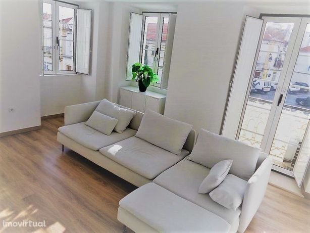 Apartamento T2 Dúplex, Alcochete Equipasdo e Mobilado