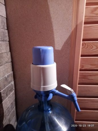 Помпа для воды .