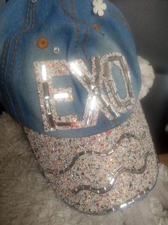 Nowa cena Nowa czapka błękitny jeans z super ozdobami r2