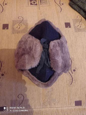 czapka wojskowa uszatka