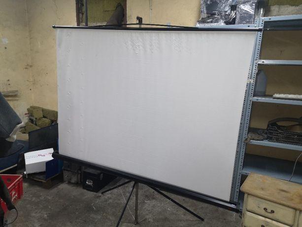 ekran projekcyjny 3M,statyw