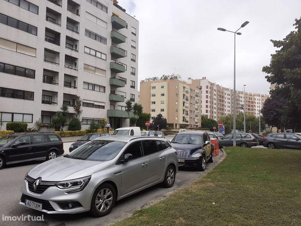 Lugar de garagem S. João Bosco