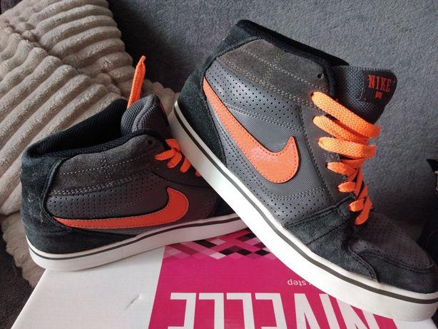 Кросы для подростка