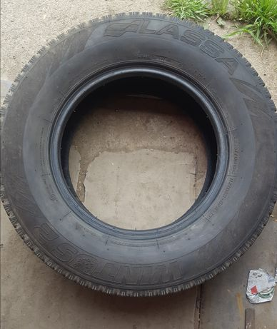 Автомобільна шина Lassa 225.x70R15C