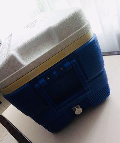 Термобокс холодильник автомобильный IGLOO б/у Сша