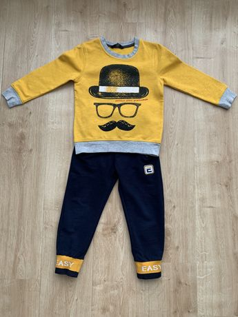 Стильный костюм для мальчика. Возраст 2-4 года. Рост - 104-110 см