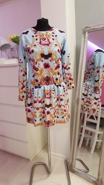 Piękna włoska sukienka S wzory