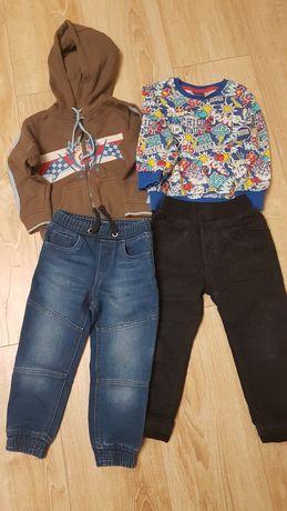 Zestaw spodni i bluz 98/104