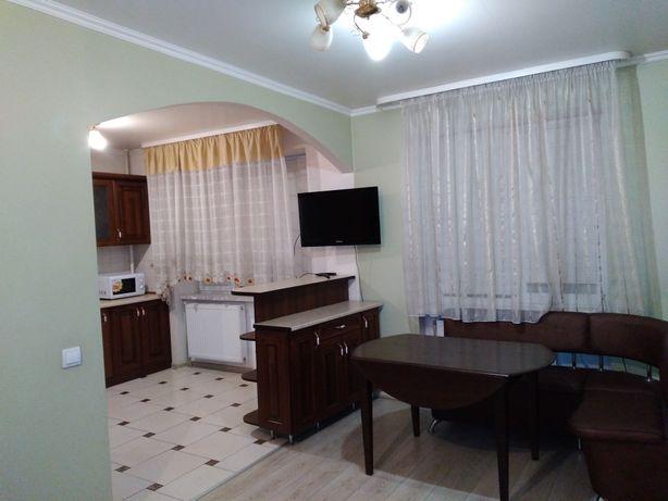 Здається 1-но кімн. квартира по вул. Лінтура, 5000 грн.