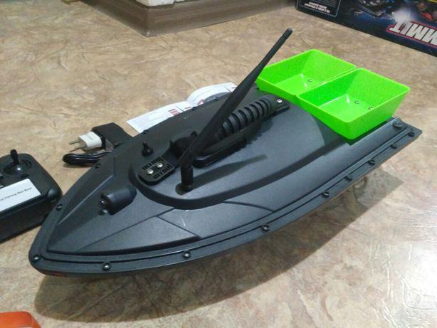 Кораблик для рыбалки , прикормки. карп