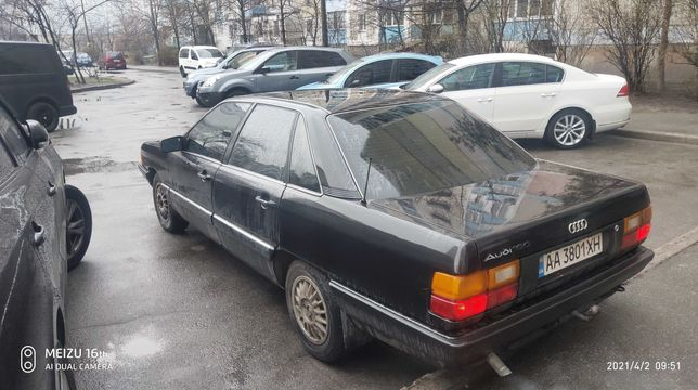 автомобиль Audi  100 сигара