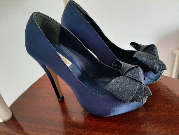 Sapatos salto alto Essence Menbur