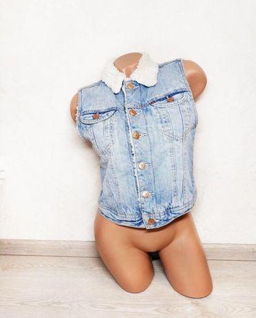 Жилетка мех джинсовая H&M