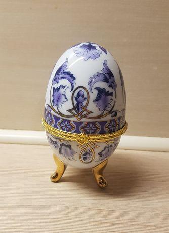 Nowe dekoracyjne etui na jajka