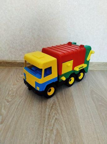 Продам мусоровоз WADER (550 руб.)